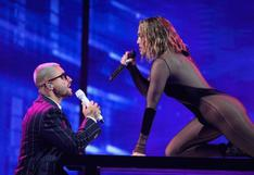 AMAs: Jennifer Lopez y Maluma juntos en provocadora performance | VIDEO