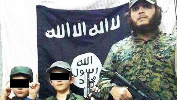 Estado Islámico: Niño de foto con decapitado iría a Australia