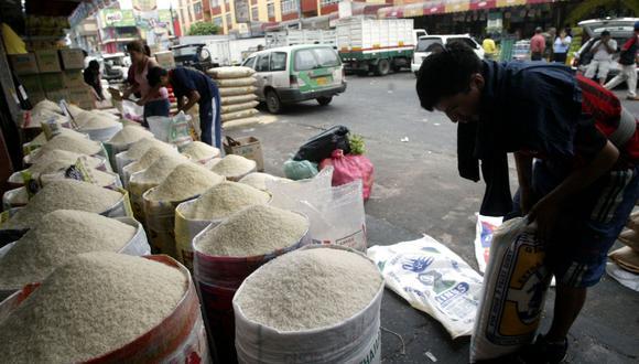 En el caso del arroz, cuya importación cubre el 10% del consumo local, el presidente de Cómex estima que su precio podría aumentar entre 10% y 15%. (Foto: Andina)