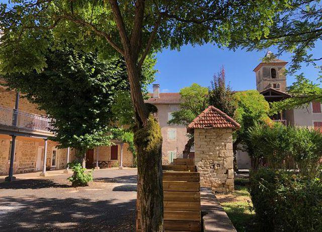 El convento dio refugio a 83 niños y a varias pertenencias de valor de sus familias. (Foto: BBC Mundo).