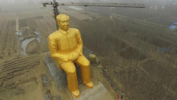 China: Estatua gigante de Mao Tse Tung fue demolida