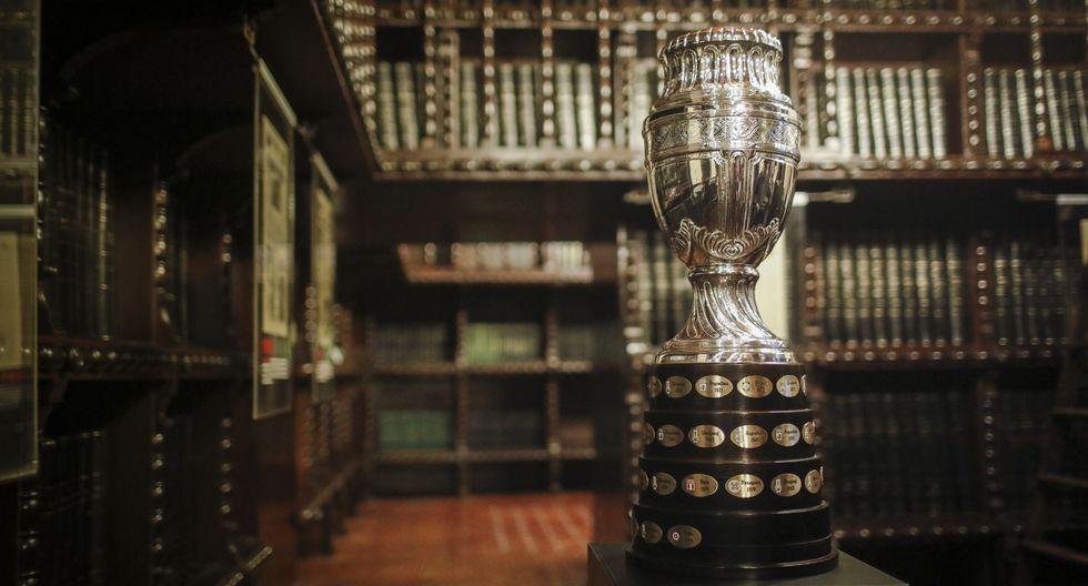 Copa América: las imágenes que no viste de la visita del histórico trofeo a El Comercio | FOTOS
