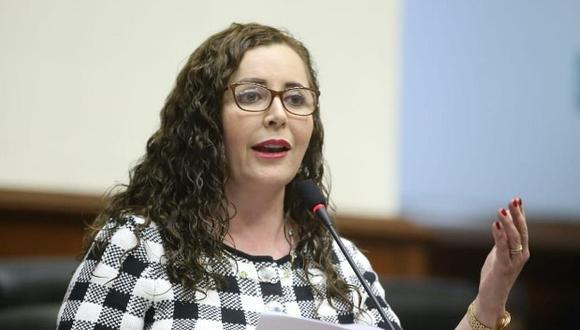 Rosa Bartra ratificó su posición. (Foto: Congreso)