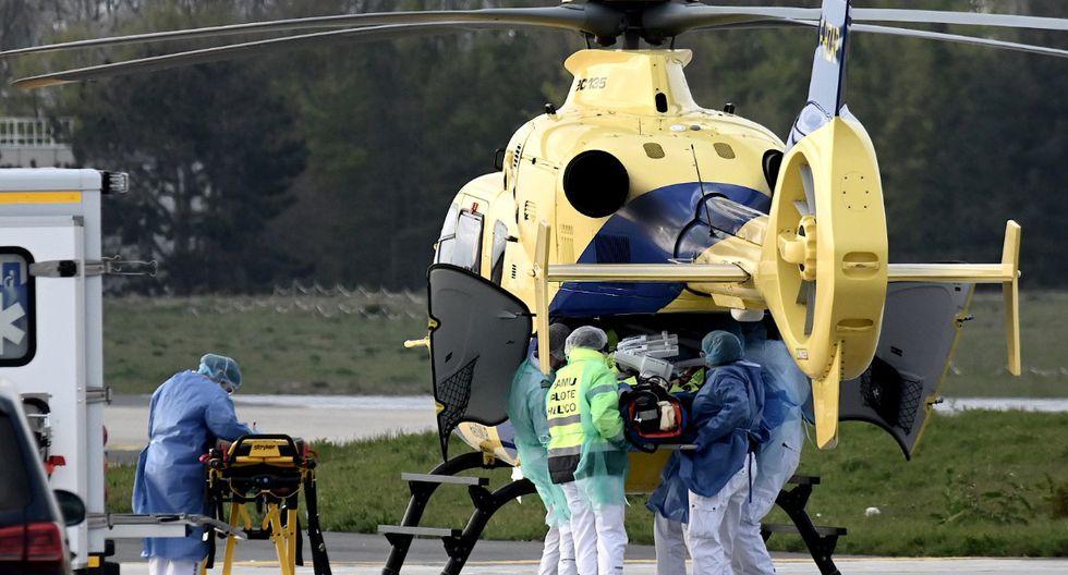 Un hombre agredió salvajemente a una enfermera que le administraba tratamiento por covid-19. | Foto: AFP