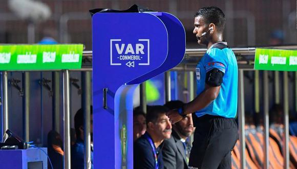 El VAR ha tomado protagonismo en este Copa América 2019. (Foto: AFP)