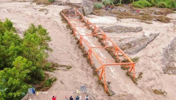 El puente Montalvo colapsó debido desborde de río Moquegua. (Foto: Bengi Pancca)