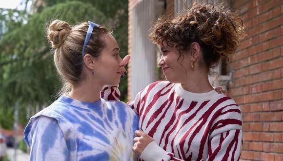 Paula Usero (Luisita) y Carol Rovira (Amelia) en una escena del episodio 4 de #Luimelia4