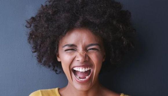 No hay que tener ni gastar mucho dinero para sentirse bien. Estos pequeños trucos cotidianos pueden ayudarte. (Foto: Getty)