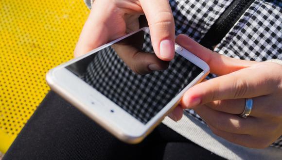 Una joven sorprendió con su rápida reacción luego de haber reenviado un mensaje a la persona equivocada. (Foto referencial: Dariusz Sankowski / Pixabay)