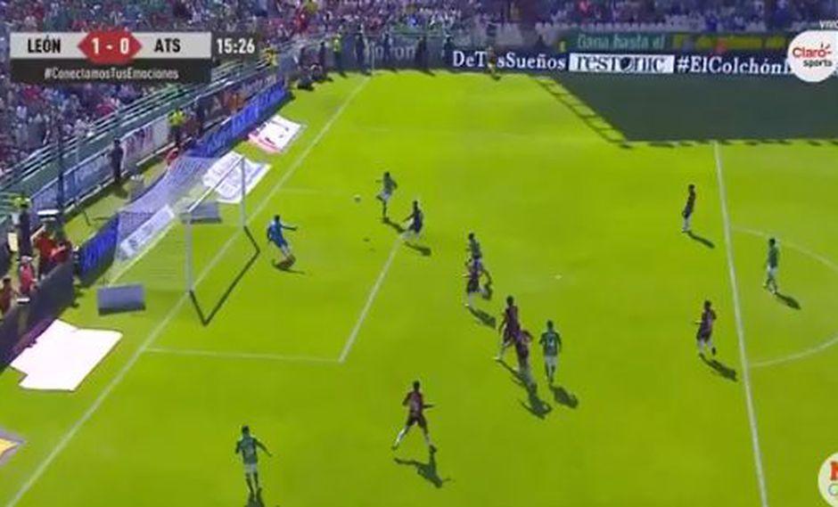 Solo 15 minutos le basto a Club León para ponerse en ventaja en el duelo por la jornada 15 del campeonato. La asistencia fue de Rubens Sambueza. (Foto: captura de video)