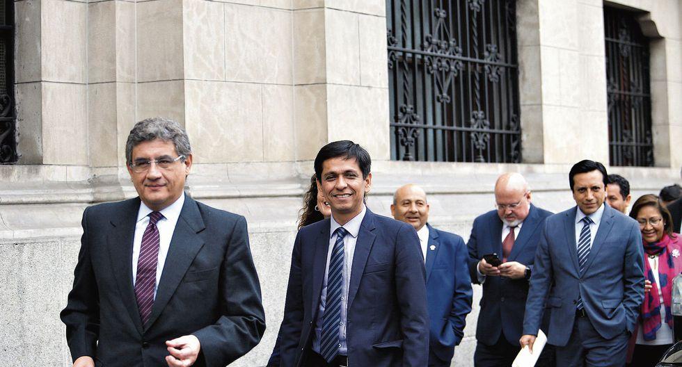 En los miembros de la bancada de Peruanos por el Kambio, hay opiniones divididas respecto a si deben mantener su respaldo al gobierno de Martín Vizcarra. (Foto: El Comercio)