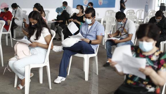 Vacunación en el Callao continúa avanzado. Foto: Cesar Campos / @photo.gec