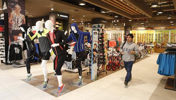 Se incrementa la venta de prendas de vestir en mercados minoristas. (Foto: GEC)
