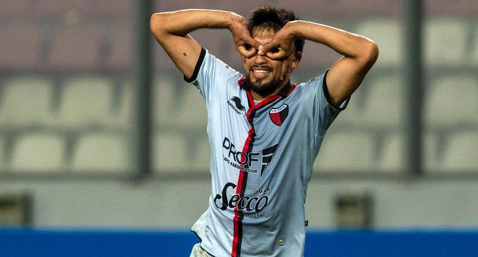 Colon vs. Deportivo Municipal EN VIVO: Estigarribia marcó 1-0 tras mala salida de Rivadeneyra | VIDEO. (Foto: AFP)