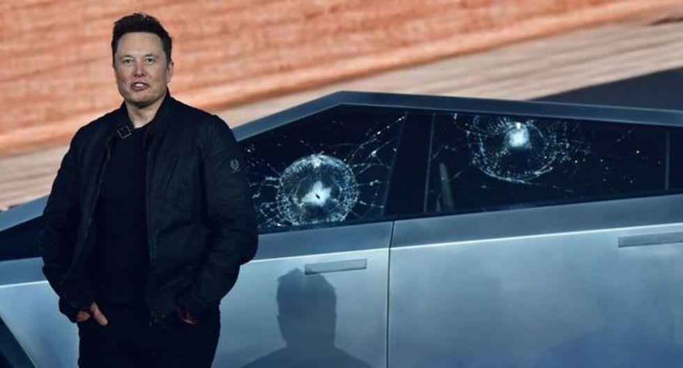 Los ventanas de la camioneta aguantaban el impacto de balas, dijo Tesla, pero la presentación organizada por la propia empresa terminó en un fracaso. (Foto: Getty)