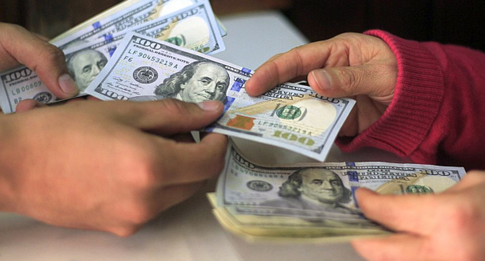 El dólar acumula una caída por encima de tres puntos porcentuales en lo que va del año. (Foto: El Comercio)