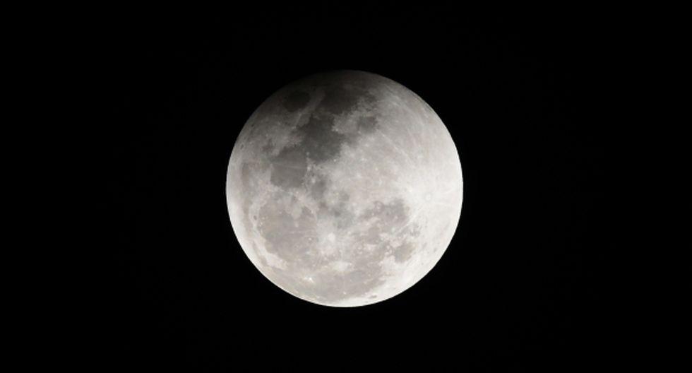 La NASA, que ahora bautizó su programa lunar como Artemisa, en recuerdo de la diosa de la caza, los bosques y hermana de Apolo, planifica enviar un hombre y una mujer a la Luna en 2024. (Foto: AFP)