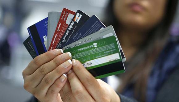 El phishing es una modalidad de estafa vía Internet que busca adquirir credenciales de un usuario mediante el engaño. De este modo, se realizan robos a las tarjeta de créditos, débito, entre otros.