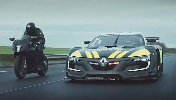 Un Renault R.S. 01 como auto de policía [Youtube]