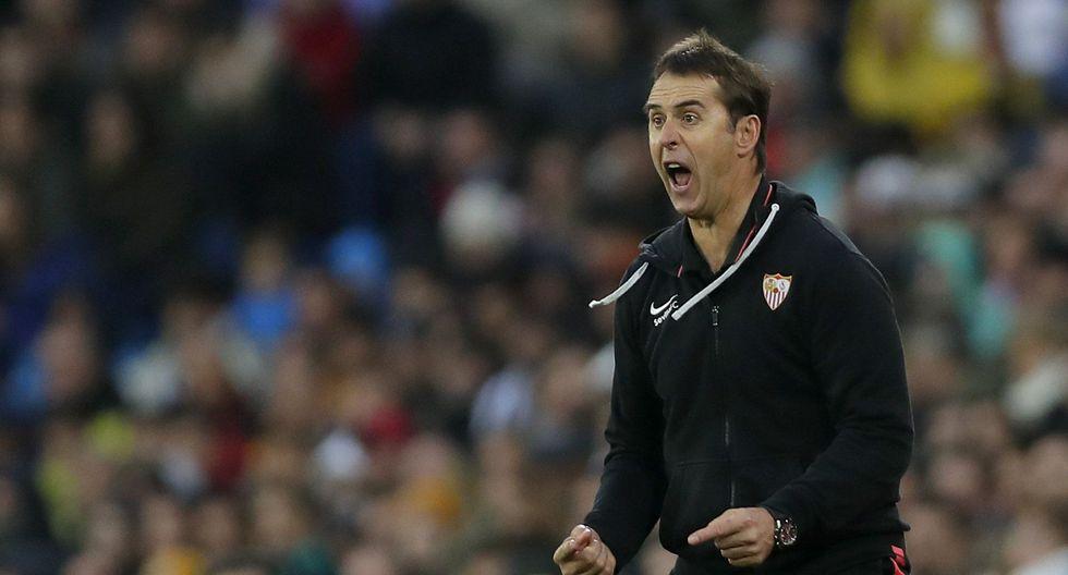 El técnico del Sevilla Julen Lopetegui fue crítico y se mostró frustrado por el gol anulado a De Jong ante Real Madrid. (AP Photo/Manu Fernandez)
