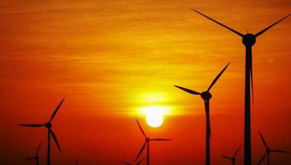 El proyecto de ley de eficiencia energética de Moccic plantea un Perú con más energías renovables y menos producción y consumo de petróleo y gas. (Foto: Getty Images)