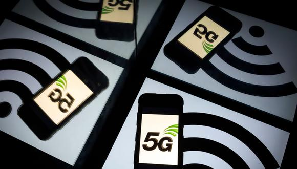 A nivel mundial hay una gran cantidad de equipos compatibles con la tecnología 5G. Sin embargo, no todos los equipos móviles disponibles en el Perú tienen la capacidad de captar la red de quinta generación. (Foto: AFP)
