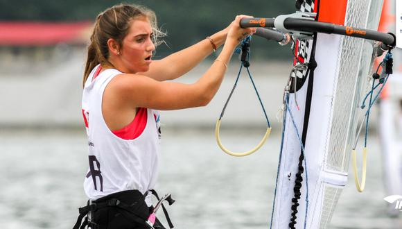 María Belén Bazo consiguió el puesto 13 en la modalidad de  RS:X de windsurf femenino de vela. (Foto: IPD)