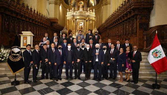 Los exmiembros del Grupo Especial de Inteligencia (GEIN) participaron en misa realizada en la Catedral de Lima. (Foto: Eduardo Cavero/@photo.gec)