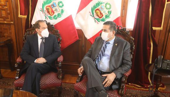 Manuel Merino reunido con el primer ministro Walter Martos. (Foto: Congreso)