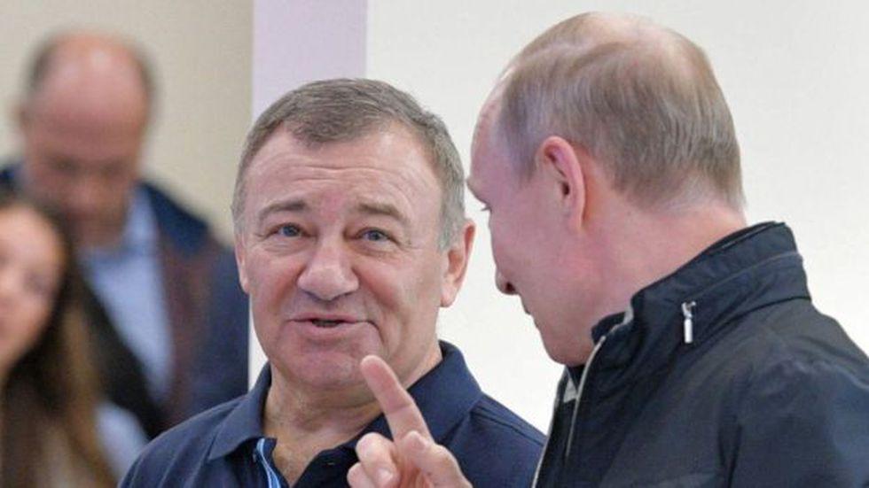 El empresario Arkady Rotenberg solía jugar judo con Vladimir Putin.