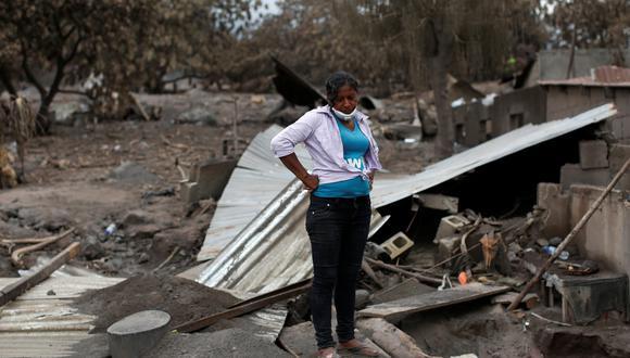 """""""Mañana la población organizada por sus líderes podrán ingresar para labores de búsqueda en sus comunidades juntamente con bomberos, ejército y rescatistas internacional"""", afirmaron las autoridades de Guatemala. (Reuters)"""
