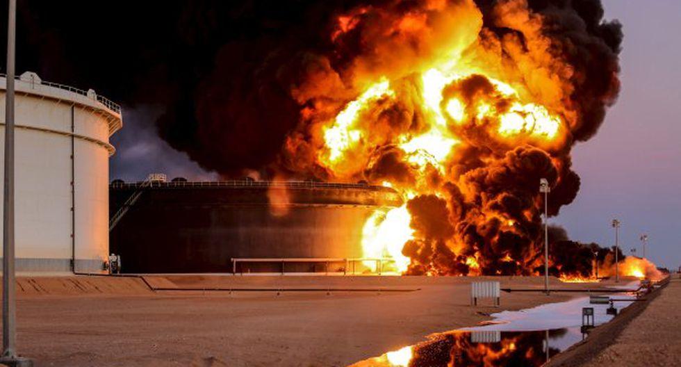 Libia: Estado Islámico quema cuatro depósitos de petróleo