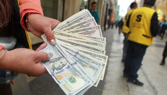 El tipo de cambio cotizaba a S/ 3.555 la compra y a S/ 3.580 la venta en el mercado paralelo este miércoles. (Foto: GEC)