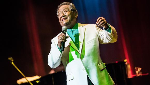 Armando Manzanero, durante un concierto en Lima en 2017. En aquella ocasión cantó junto a la peruana Eva Ayllón. Foto: El Comercio.