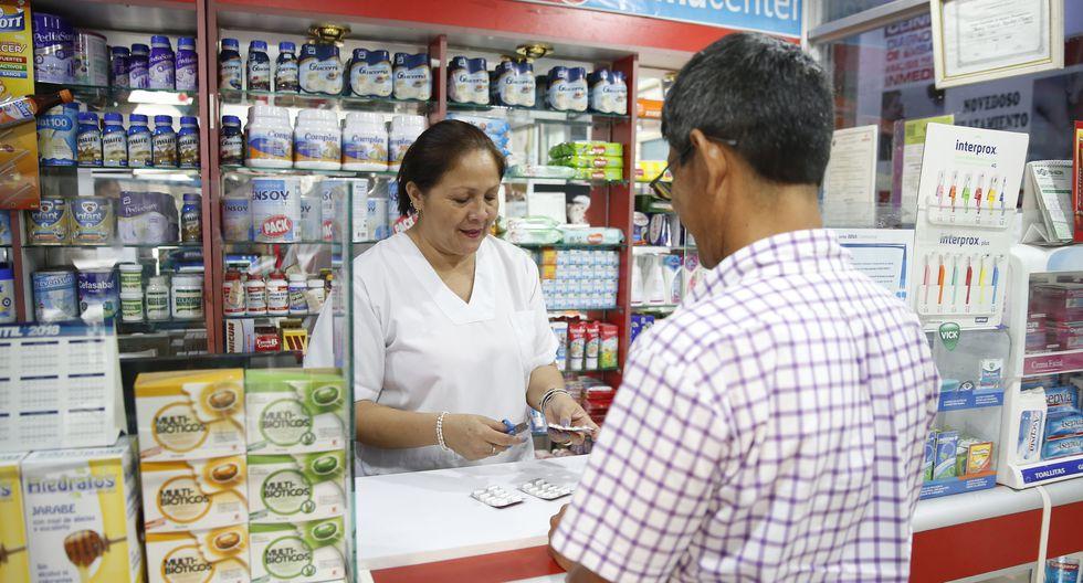 El Minsa publicó el domingo la resolución ministerial con la lista de medicamentos genéricos esenciales que deberán venderse obligatoriamente en farmacias y boticas del sector privado (Foto: GEC)