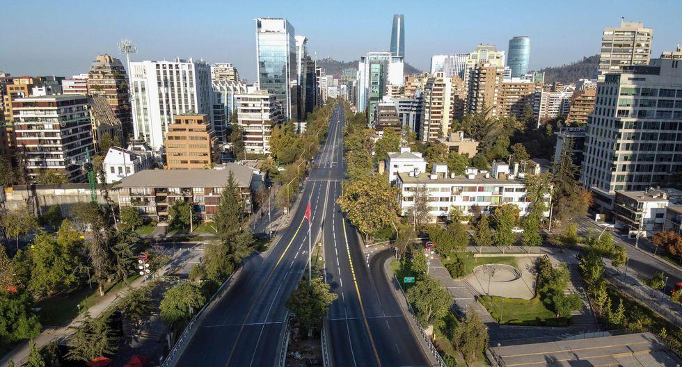 Vista aérea de Santiago de Chile. (AFP / MARTIN BERNETTI).