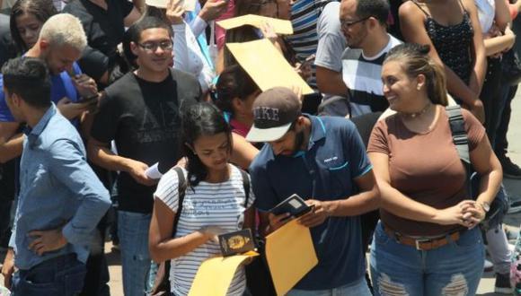 Venezolanos con visa humanitaria podrán trabajar