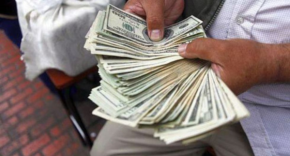 Precio del dólar se mantiene estable y BVL inicia con pérdidas