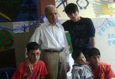 El estadounidense que lleva 30 años ayudando a niños enfermos en Chaclacayo y hoy no puede volver al Perú