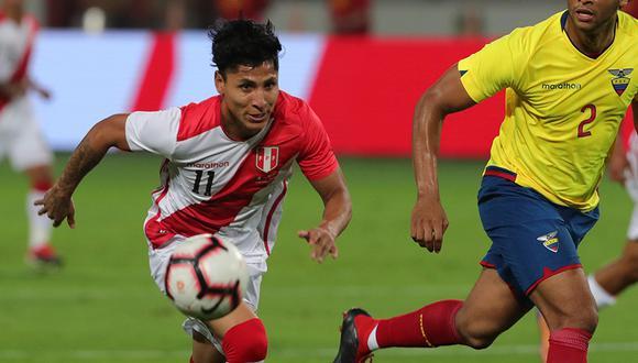 Raul Ruidíaz comandaría el ataque de la selección peruana frente a Paraguay | Foto: EFE