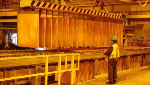 Las existencias totales de cobre en los almacenes registrados en la LME alcanzaron su nivel más bajo desde diciembre de 2005 con 89.350 toneladas. (Foto: Reuters)