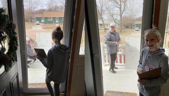 La preocupada niña le envió un correo a su profesor para que la pudiera ayudar con un problema de álgebra sin imaginar que iría a su casa. (Fotos: @JoshAnderson/Twitter)