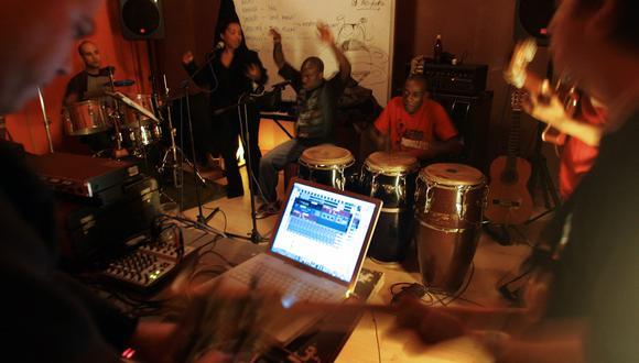 La industria musical peruana espera iniciativas por parte del Ministerio de Cultura y las sociedad de gestión colectiva. (Foto: AFP)
