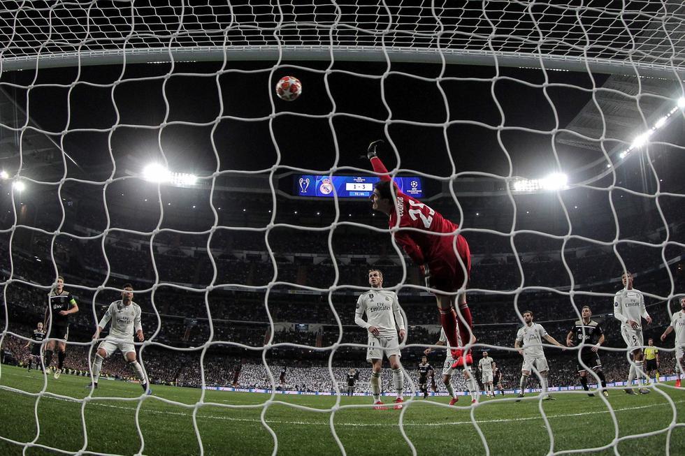 Real Madrid vs. Ajax: así fue golazo para el 4-1 de los holandeses que sorprendió a Courtois. (Foto: EFE)