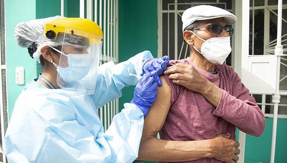 La vacunación contra el COVID-19 se va desarrollando conforme van llegando las dosis. (GEC)