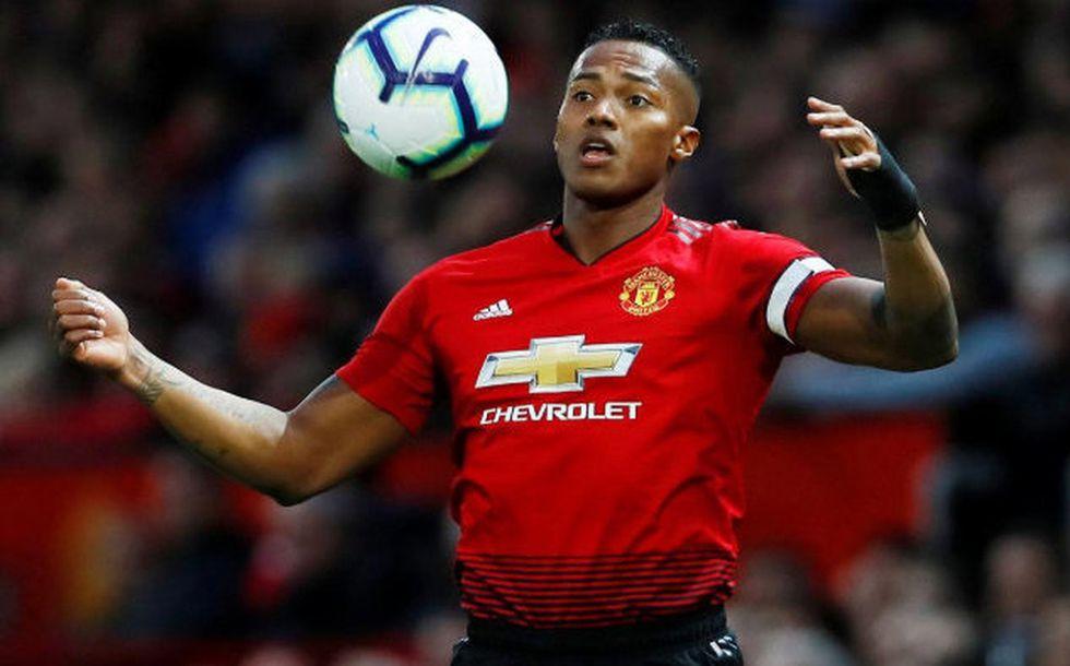Antonio Valencia solo disputó nueve partidos con el Manchester United en toda la campaña. (Foto: Reuters)