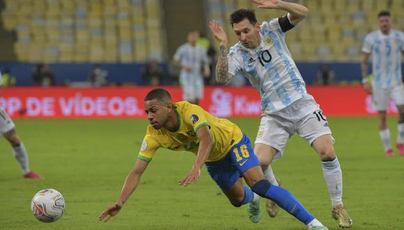 Argentina - Brasil se enfrentan este domingo por las Eliminatorias Qatar 2022. (Foto: AFP).