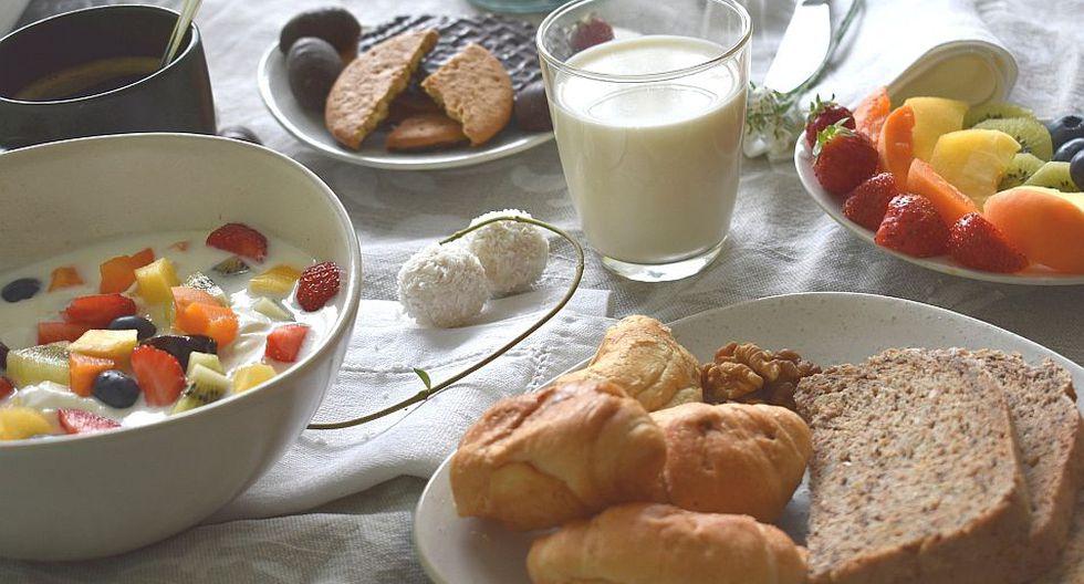 Las frutas, jugos naturales o bebidas calientes sin azúcar siempre serán una buena opción. (Foto: Pixabay)