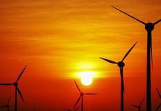 Proponen que el Estado no entregue más lotes  de petróleo y gas a fin de alentar las energías renovables