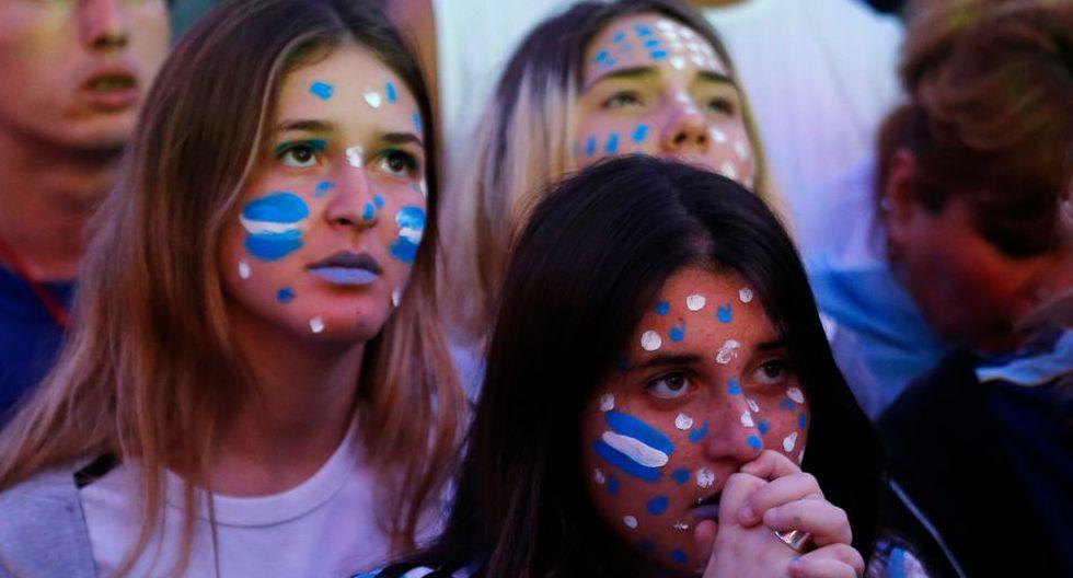 Miles en el Obelisco: el llanto de los hinchas argentinos  - 10